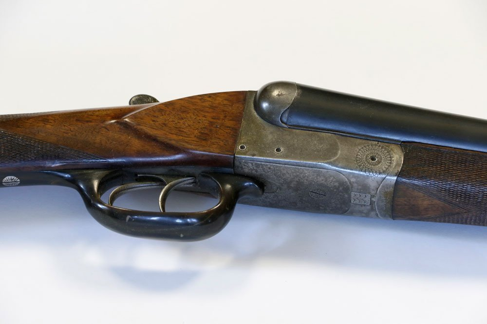 Antique Double-Barrel Shotgun, Engraved - 4