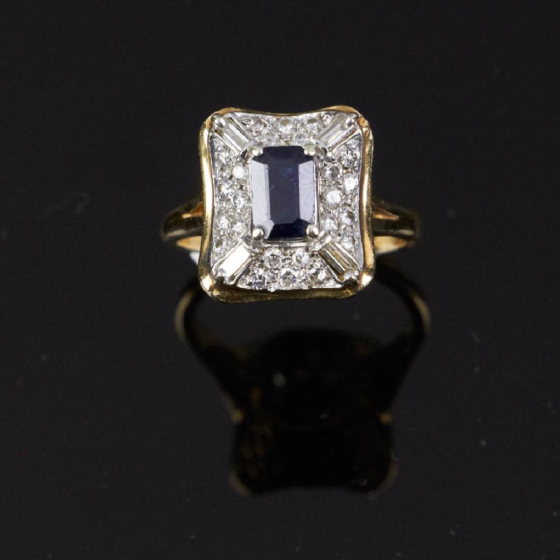 Ladies 14k Gold Sapphire & Diamond Ring
