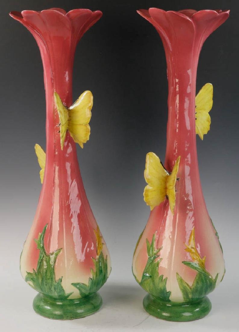 Important Pair of Delphin Massier Pottery Vases - 2
