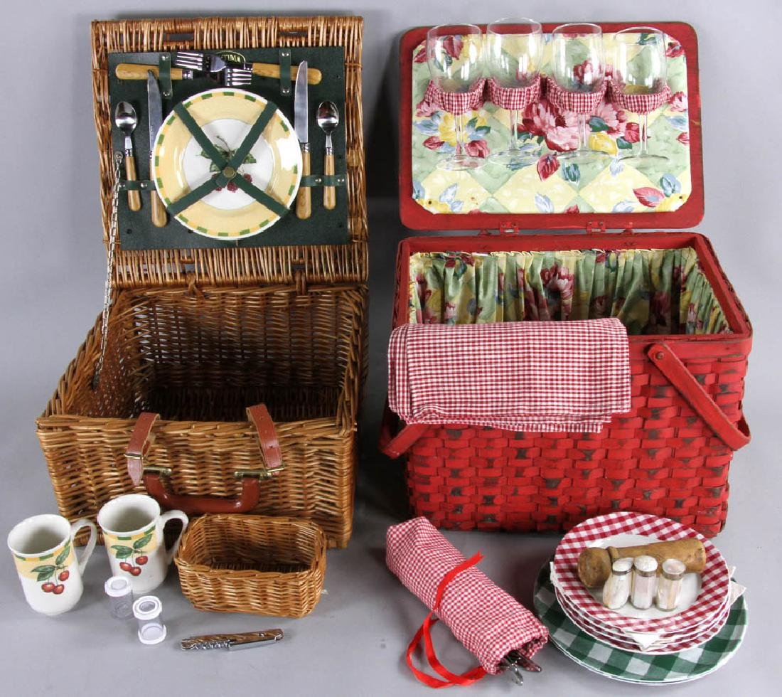 Picnic Basket and Trays - 4