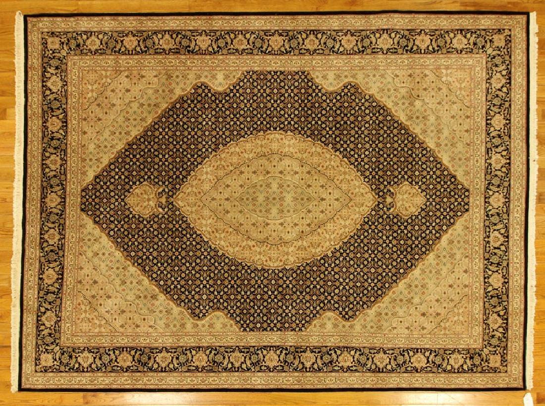 Exceptional Sino-Isfahan Rug