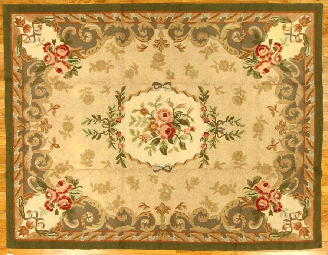 Antique-style Floral Design Hooked Rug