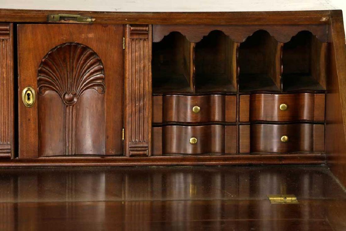 18th C. Pennsylvania Walnut Slant-front Desk - 4