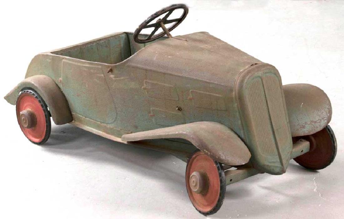 Antique C1930s Metal Pedal Car