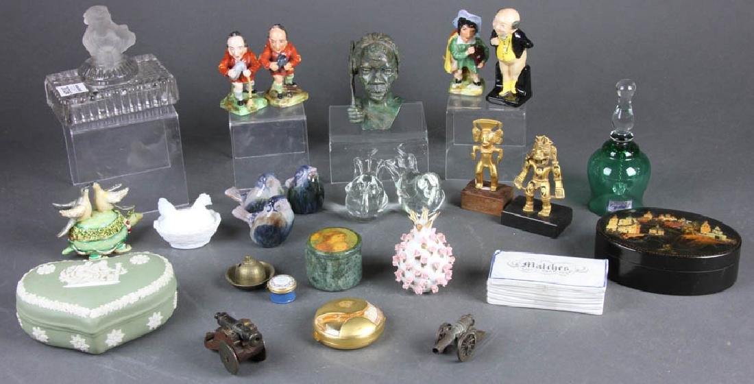 Small Decorative and Collectible Items