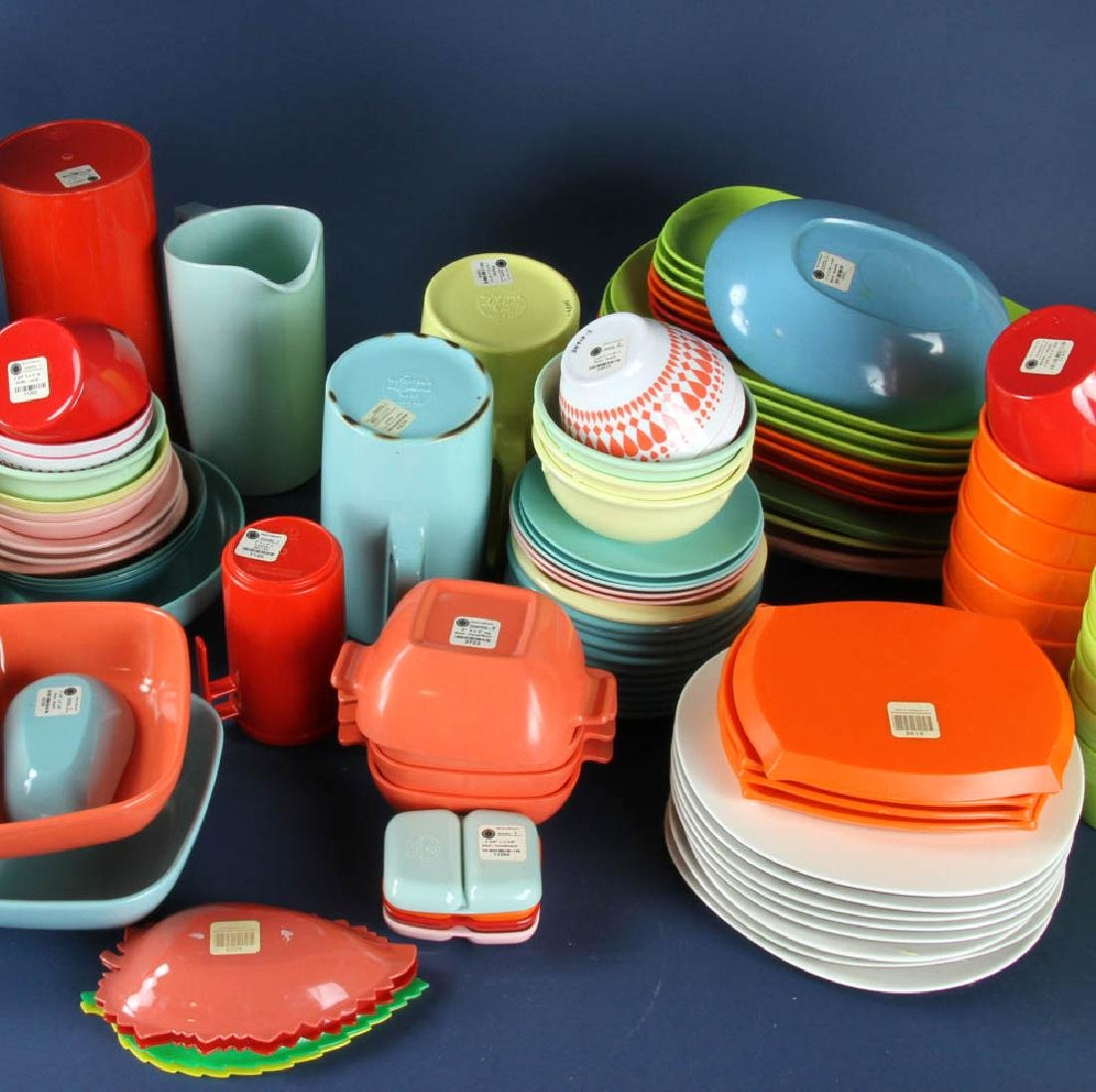 Assortment of Vintage Plastic Dinnerware - 3