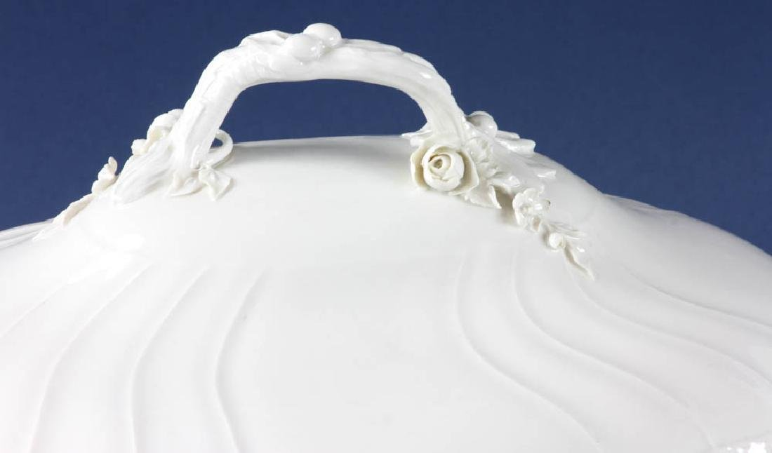 Antique KPM Covered Tureen - 2