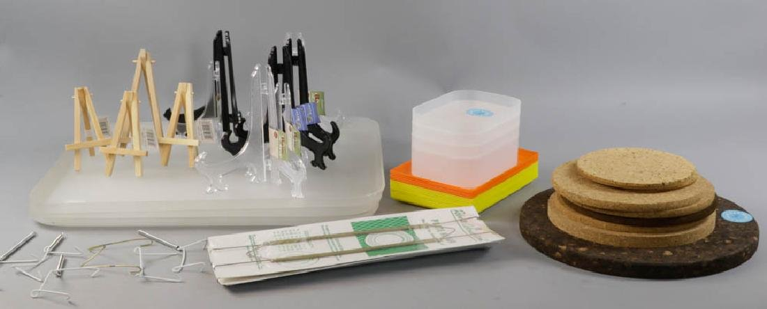 Plate Hangers, Easels, Trays