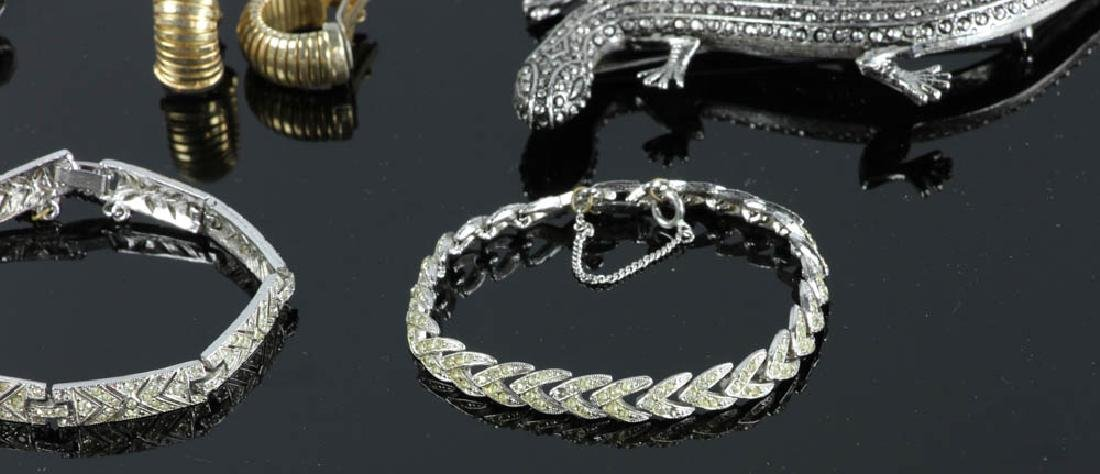 Ten Pieces of Costume Jewelry - 3