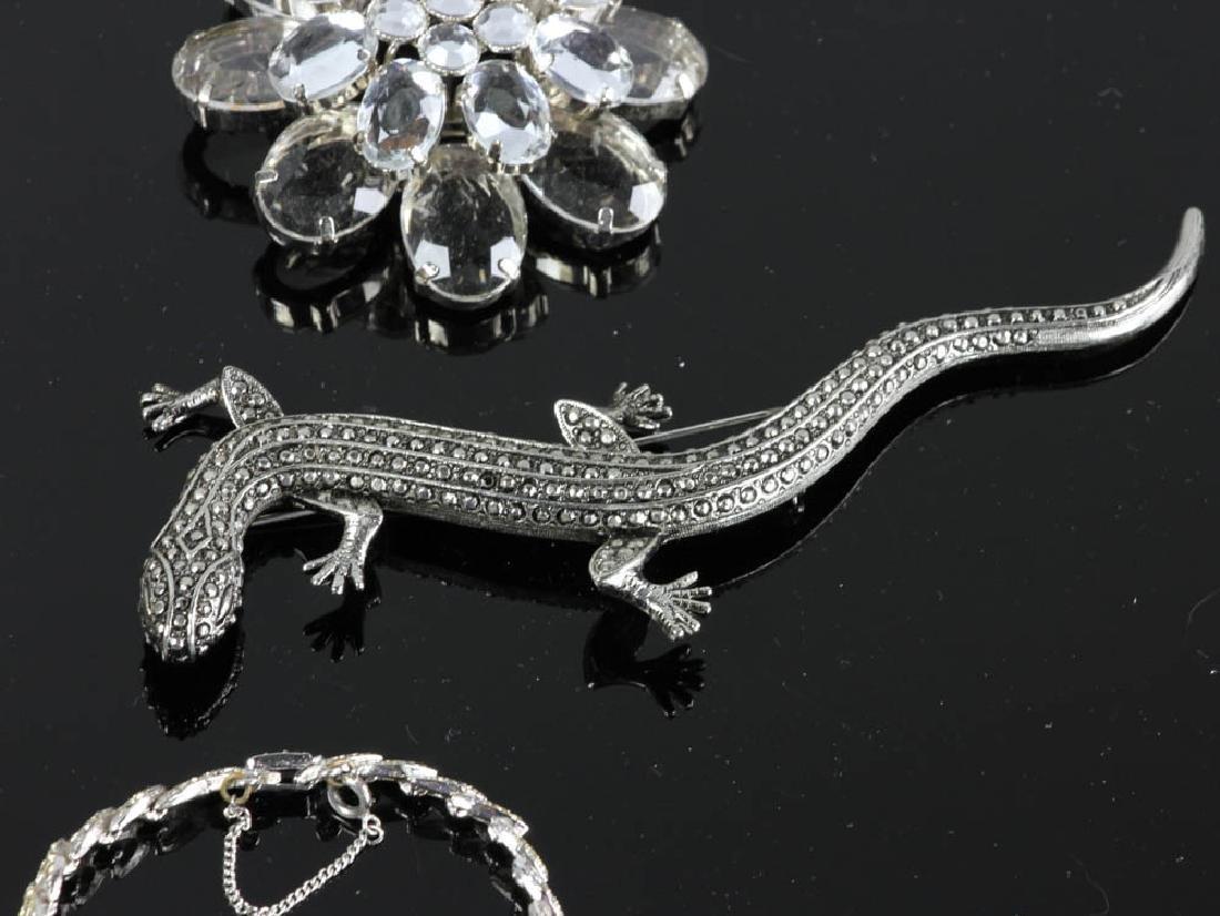 Ten Pieces of Costume Jewelry - 4