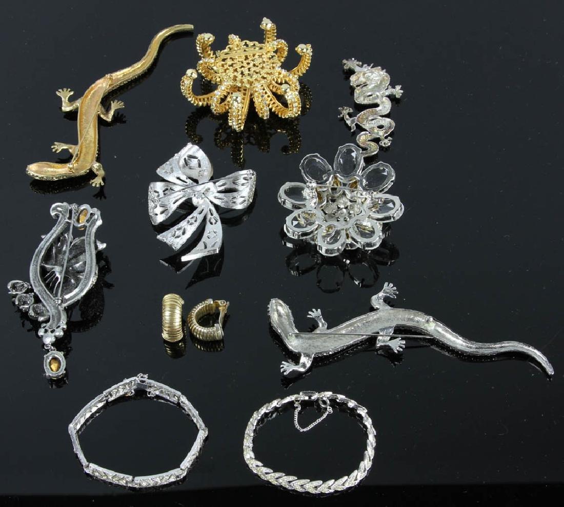 Ten Pieces of Costume Jewelry - 8