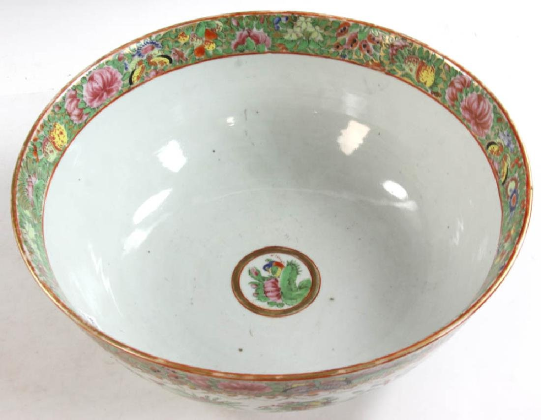 19thC Chinese Rose Medallion Punch Bowl - 2