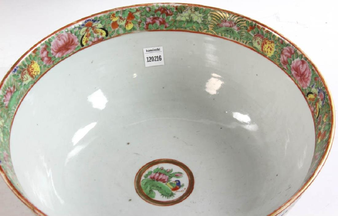 19thC Chinese Rose Medallion Punch Bowl - 4