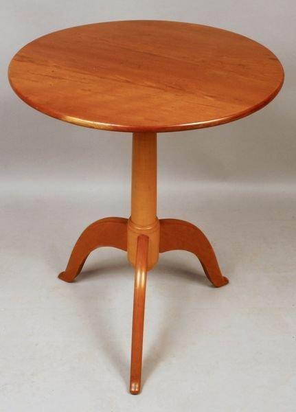 3013A: Rare Shaker Tri-Foot Maple/Cherry Table