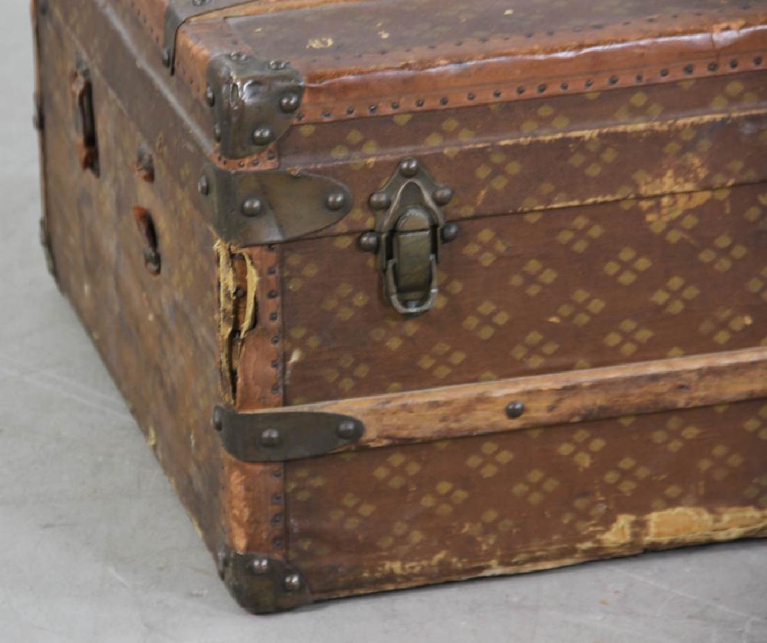 Antique French Aux Estats-Unis Trunk - 3