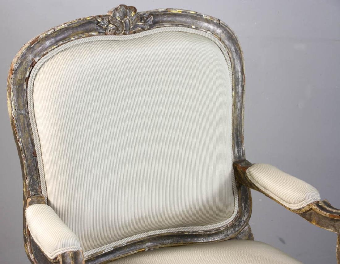Pair of Louis XV Fauteuil, Silk Upholstery - 7