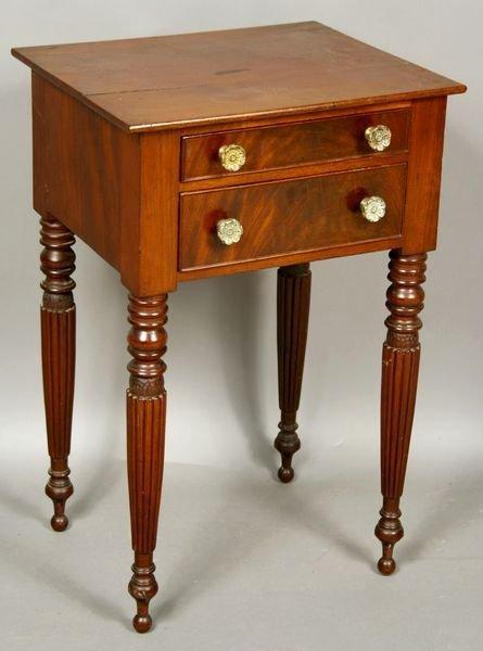 17: Early 19th C. Salem McIntyre Mahogany Table