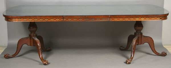 22: 20th C. Chippendale-style Mahogany Dining Table