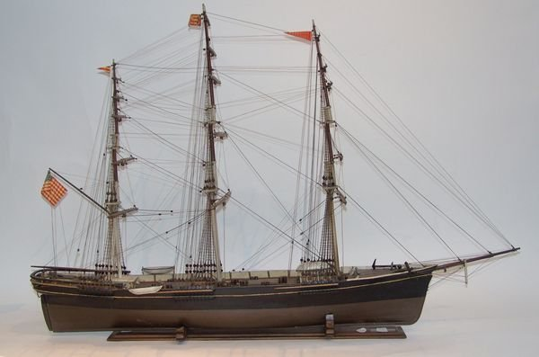 "1005: Early 20th C. Model of ""Sovereign of the Seas"""