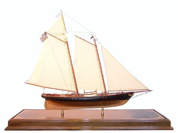 "1015: 20th C. Model of Schooner Yacht ""America"""
