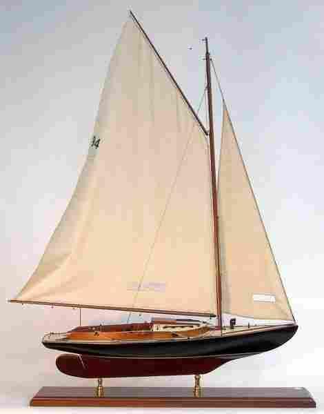 """1108: Scale Model of JFK's Wianno Senior """"Victura"""""""