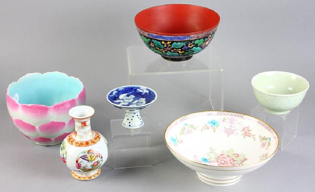 Group of Chinese Porcelain Items