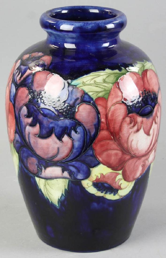Large Moorcroft Art Pottery Poppy Vase