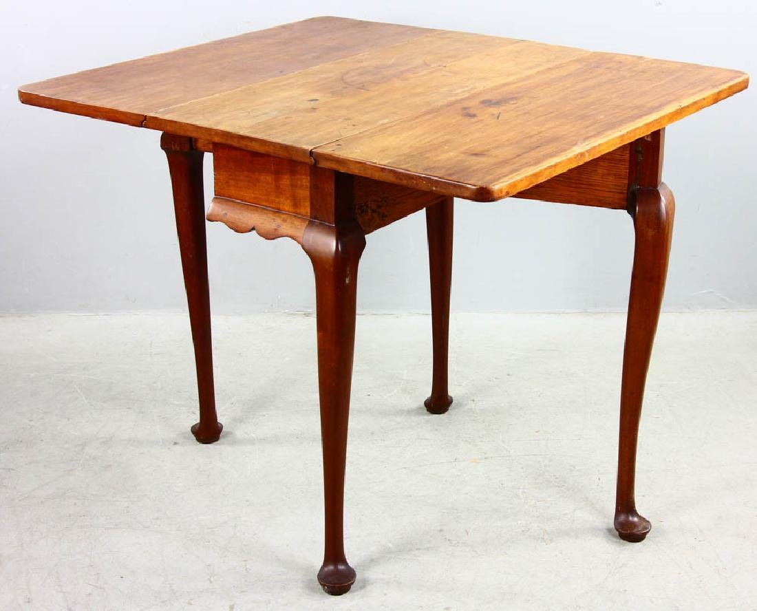 Early 18th C Queen Anne Drop Leaf Table - 2
