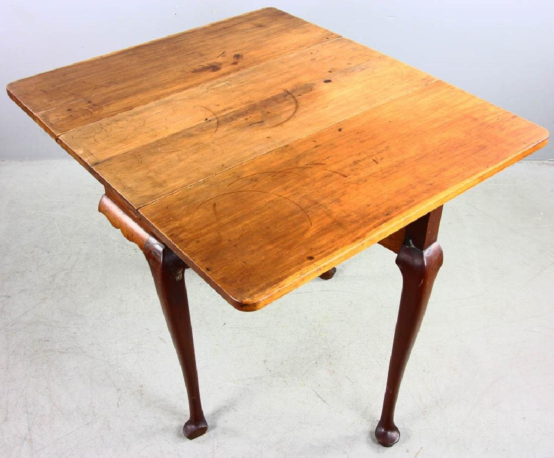 Early 18th C Queen Anne Drop Leaf Table - 5