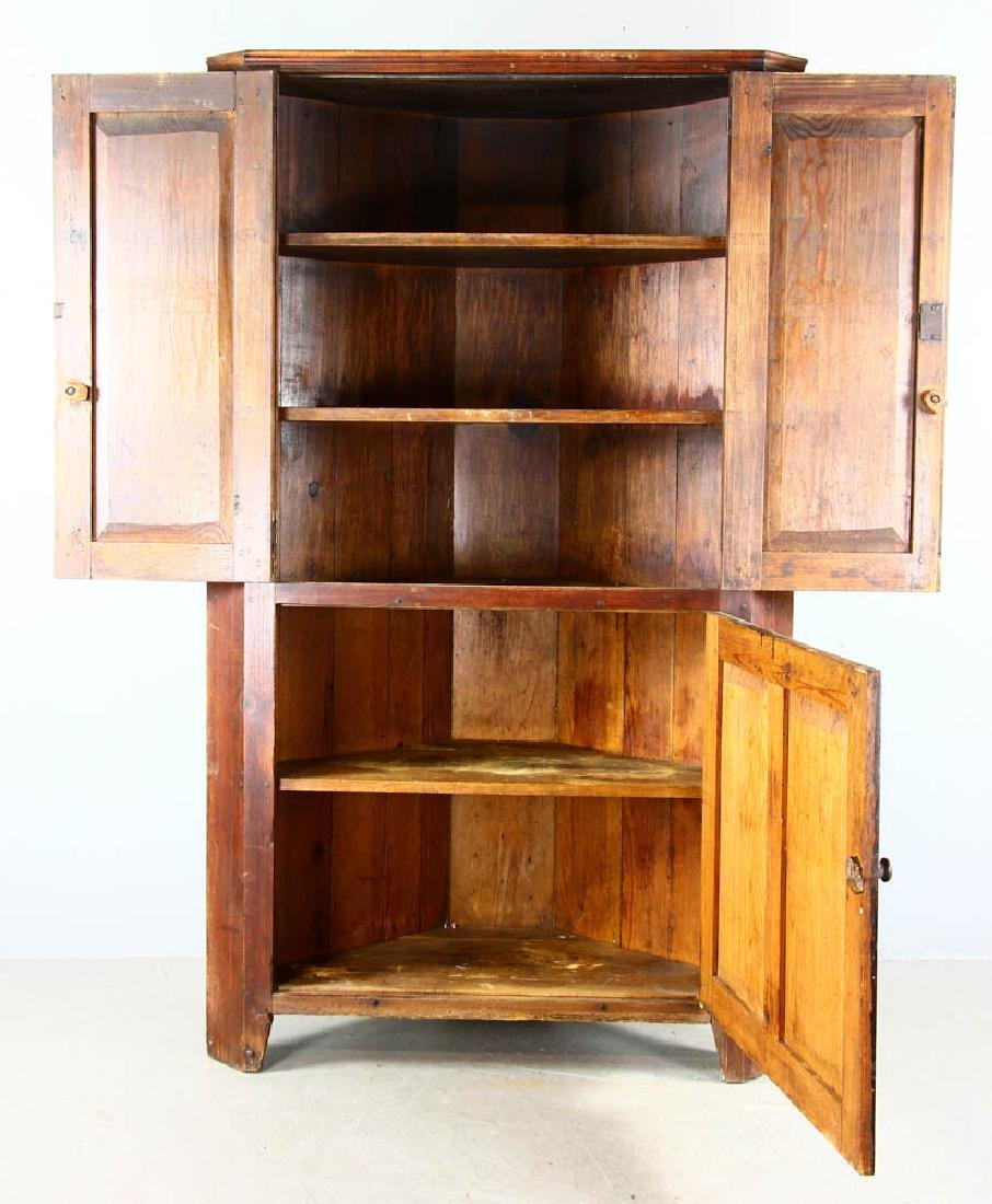 Early New England Pine Corner Cupboard - 2