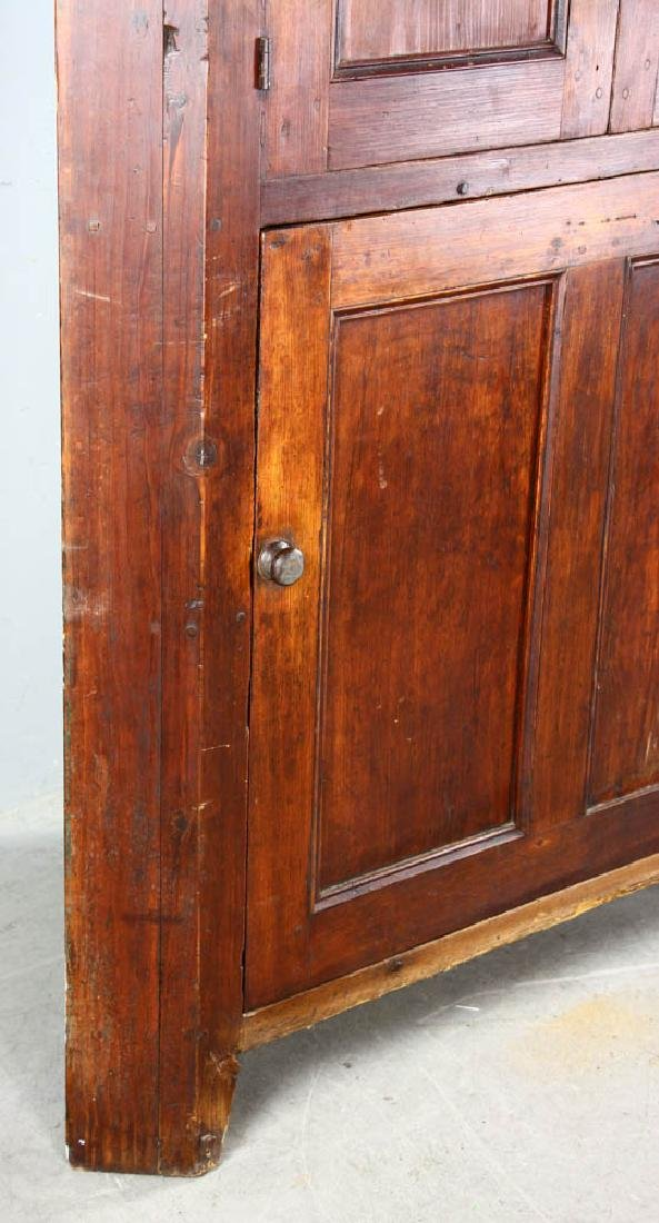 Early New England Pine Corner Cupboard - 5