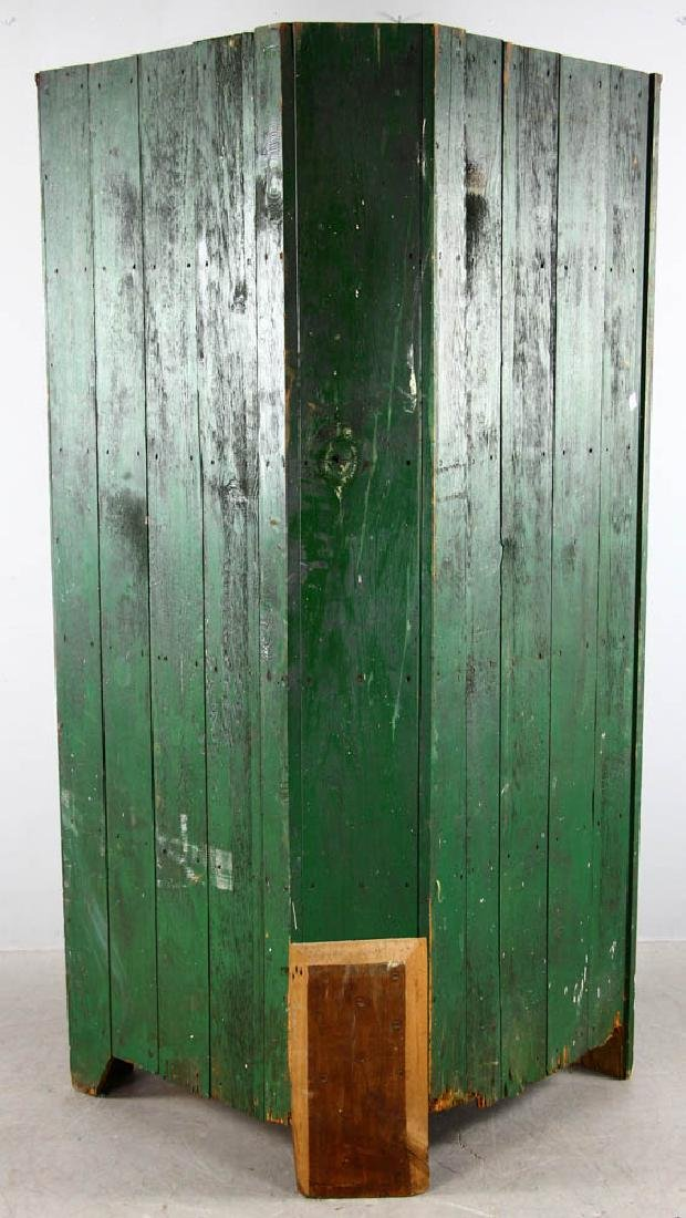Early New England Pine Corner Cupboard - 6