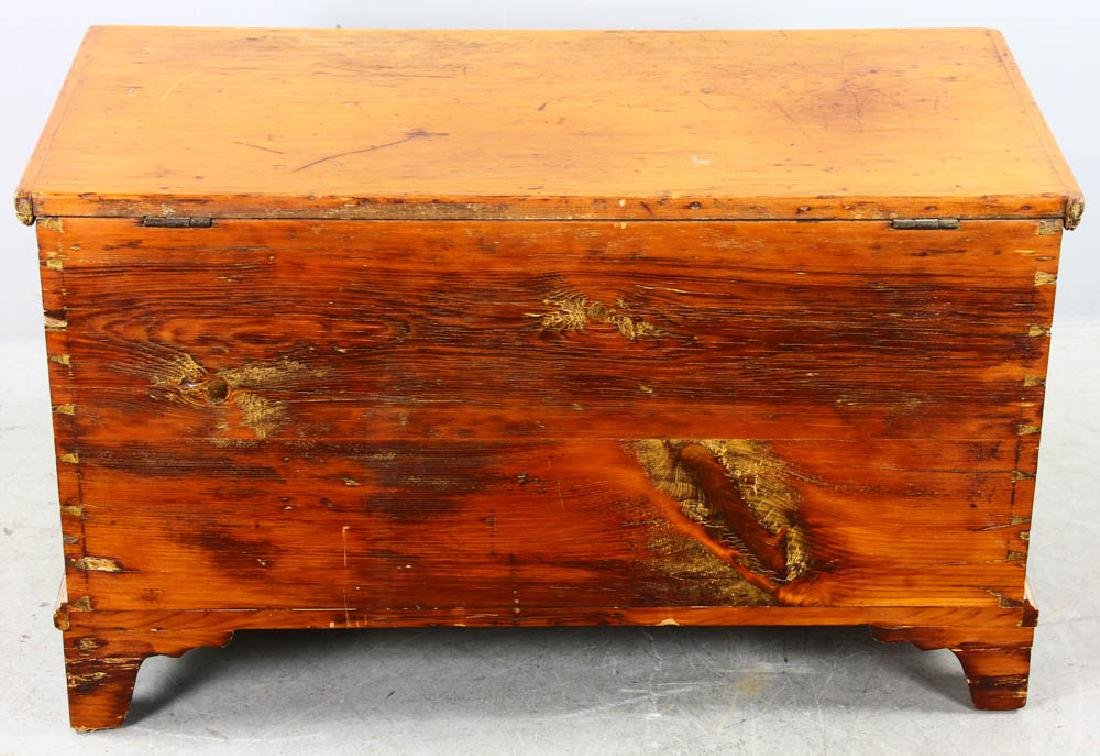 Antique Dovetailed Pine Blanket Chest - 5