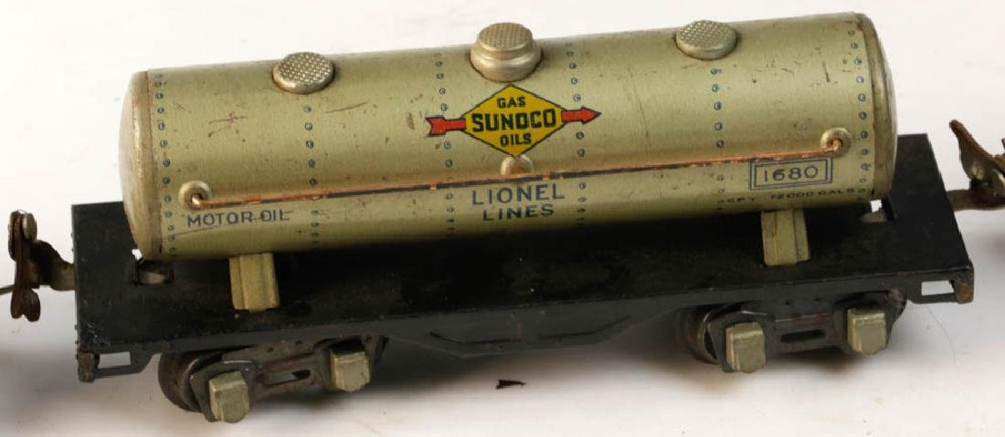 Lot of Assorted Lionel Tin Trains - 10
