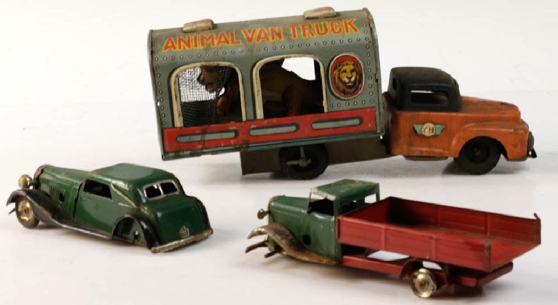 Lot of Assorted Lionel Tin Trains - 4