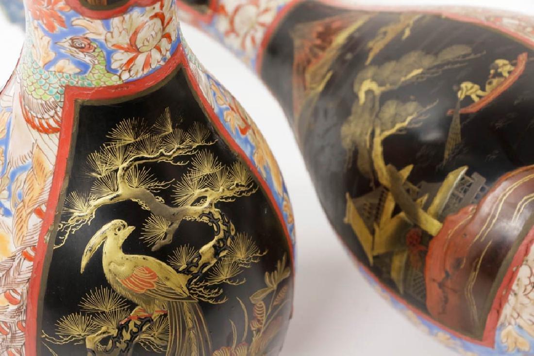 Pr of Meiji Period Japanese Imari Vases - 7