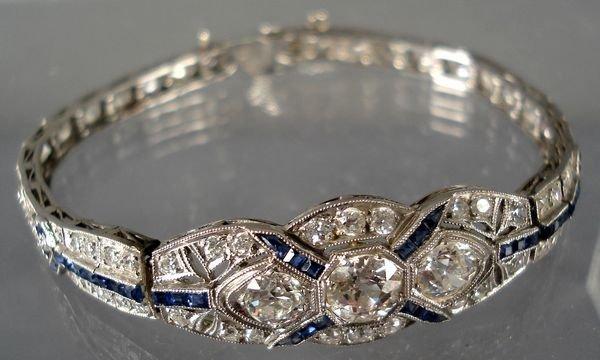 17: 1920's Deco 14KT Bracelet w/Diamonds