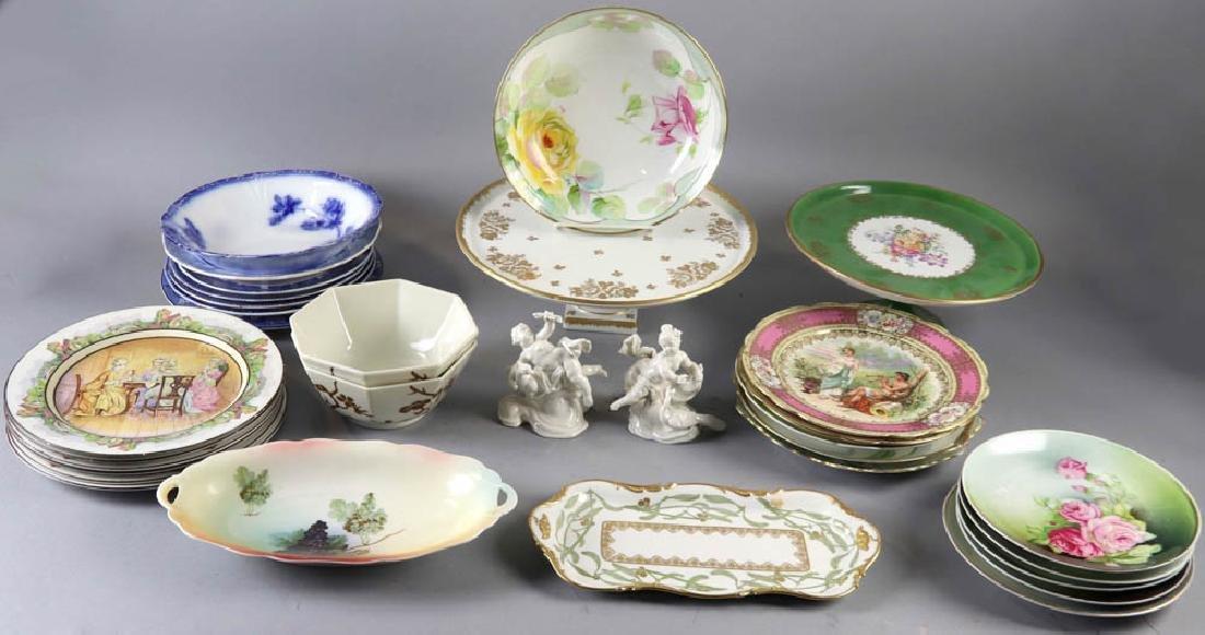 Assorted Porcelain Pieces