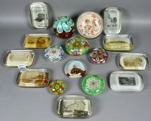 3011: Lrg. Collection of Antique Paperweights