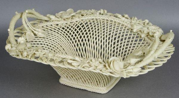 3024: Belleek Lace Basket