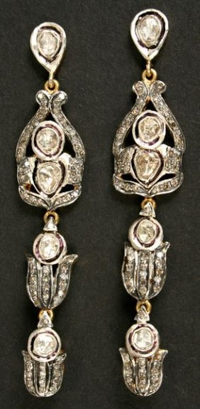 22kt Gold & Silver Earrings, 2.90Ct Diamonds