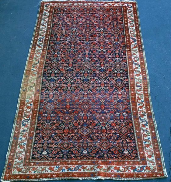 "4018: Early 20th C. Persian Hamadan/Saraband, 5' 2"" x 1"