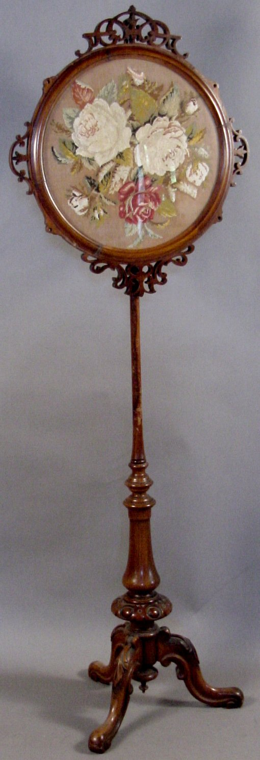 8: VICTORIAN POLE FIRE SCREEN WITH FRAMED NEEDLEWORK