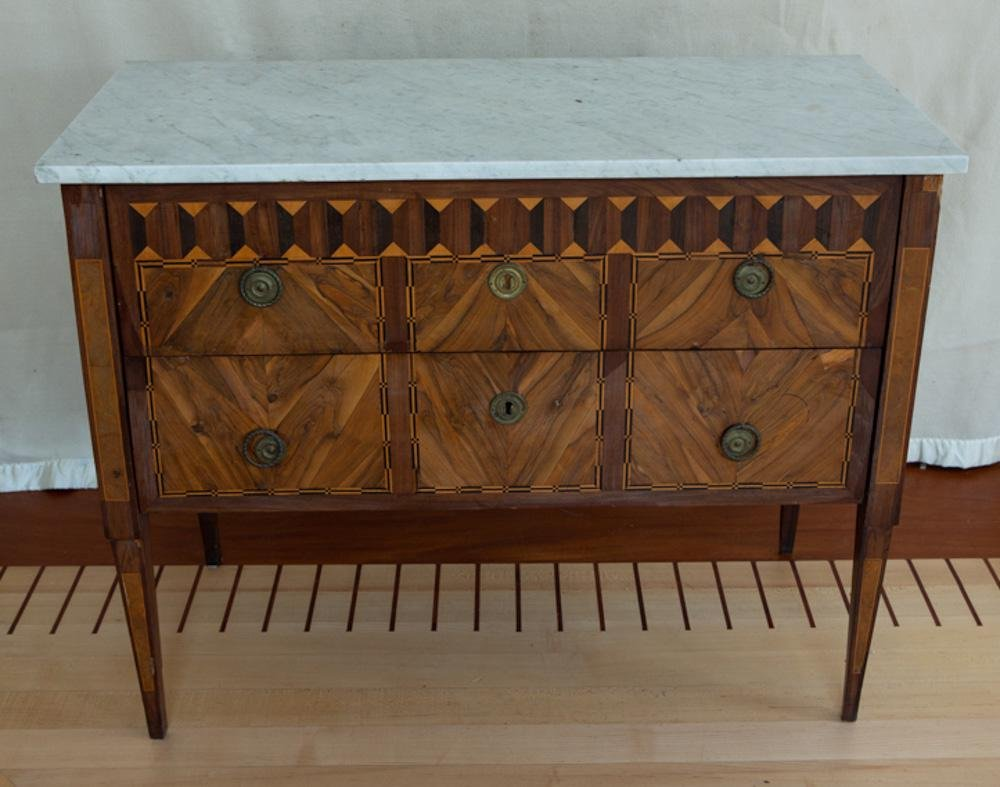 Louis XVI Walnut Marquetry Commode