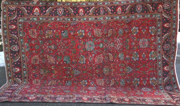 "5: Fine Persian Mahal Rug, 12' x 9' 3""."