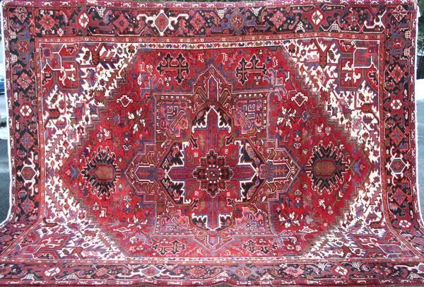 "20: Fine Persian Heriz Rug, 11' 3"" x 9' 2""."
