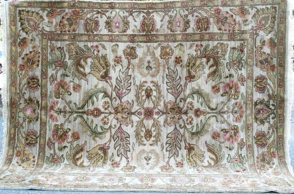 4015: Exceptional Jaipour Rug, 8' x 10'.