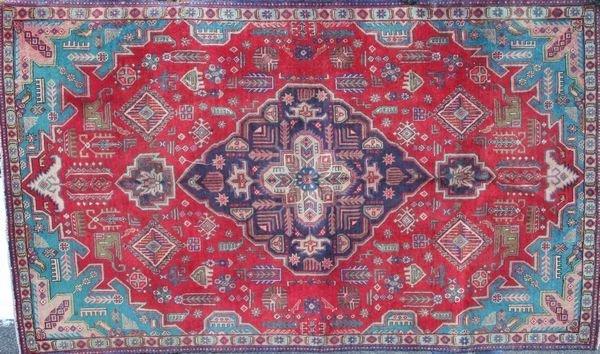 "4002R: Fine Persian Rug, 8' 7"" x 5'."