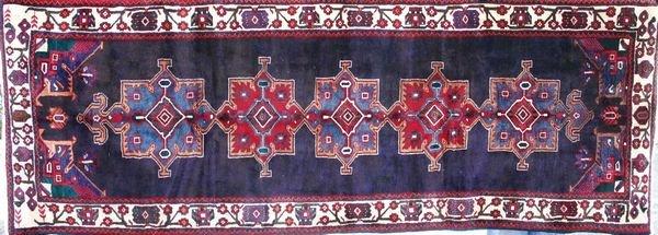"""4019R: Persian Rug, 9' 10"""" x 3' 7""""."""