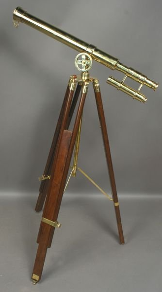 1013A: 20th C. English Brass Telescope on Wood Tripod